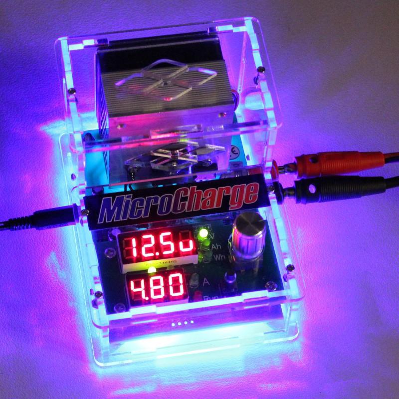 Batterie-Kapazitätsmessgerät 'true-blue' in Aktion